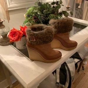 💃Tory Burch size 6  Andrea Rabbit fur wedge heels